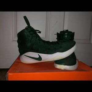 2016 Nike Hyperdunk High Top With Original laces